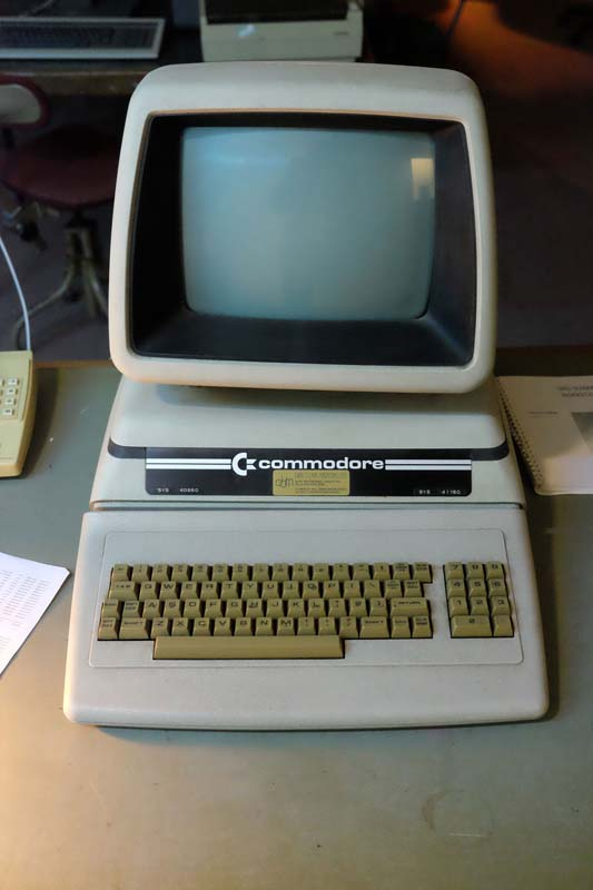 13_Commodore_PET-8032SK_1980-800