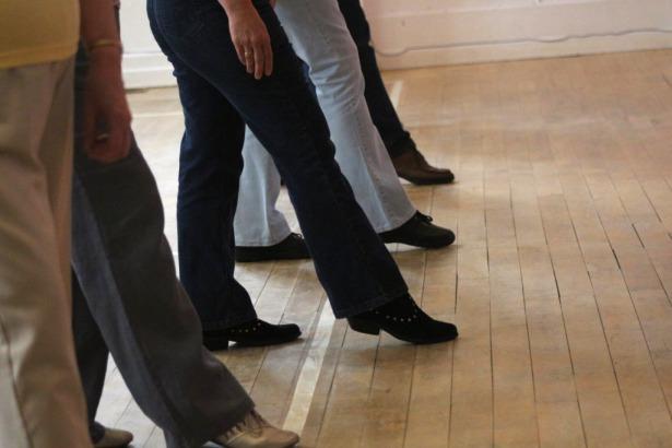 Line-Dancing-BE-615.jpg